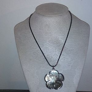 Black mother of pearl orchid necklace